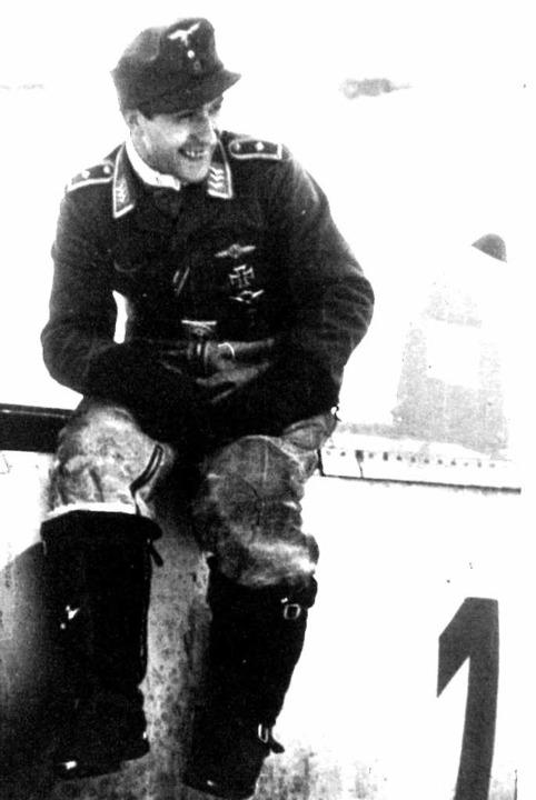 Otto Kittel am Jagdflugzeug <BZ-FotoNurRepro>privat</BZ-FotoNurRepro>  | Foto: Manfred Kittel