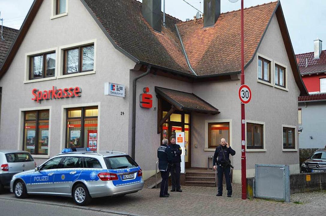 Die Gottenheimer Sparkassenfiliale am ... 3. Februar war sie überfallen worden.  | Foto: Manfred Frietsch