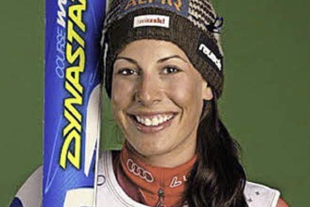 Skirennfahrerin engagiert sich für Sportklinik