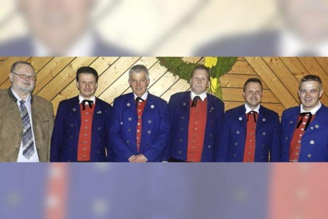 Trachtenkapelle ehrt langjährige Mitglieder