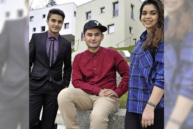 Drei Iraker dreier Glaubensrichtungen erleben sich am United World College als Team
