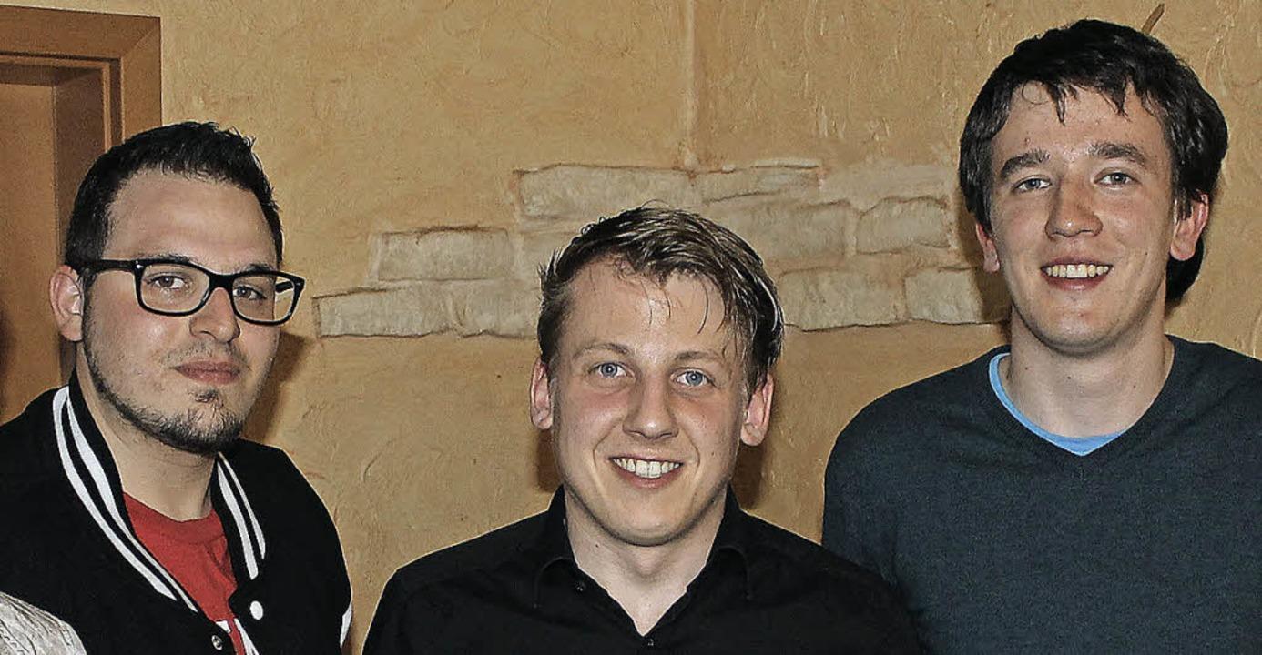 Junge SPD-Führung in Wyhl: Raphael Pfa...ender ist jetzt Thomas Ziser (Mitte).   | Foto: Privat
