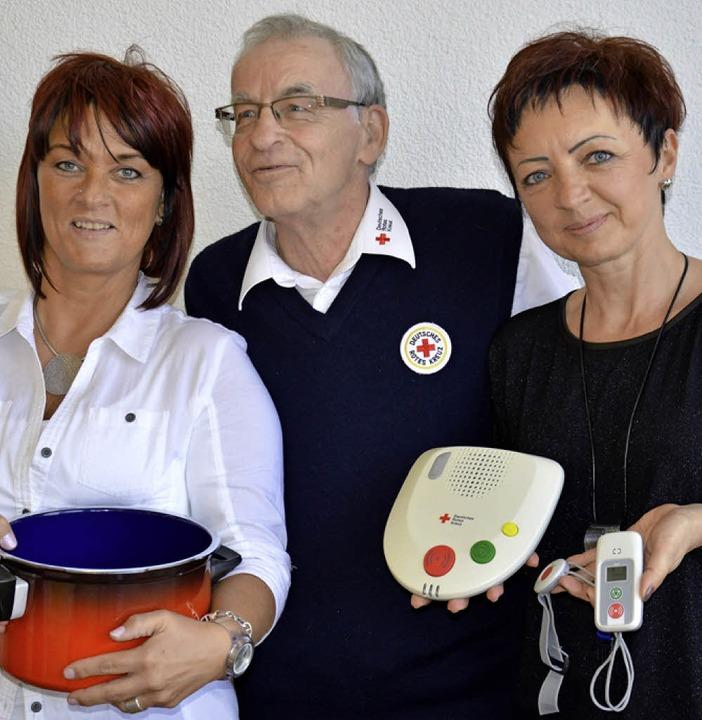 Infos für Senioren: Maulburgs DRK-Vors...te Koch (links)  und Karina Trompeta.   | Foto: Georg Diehl