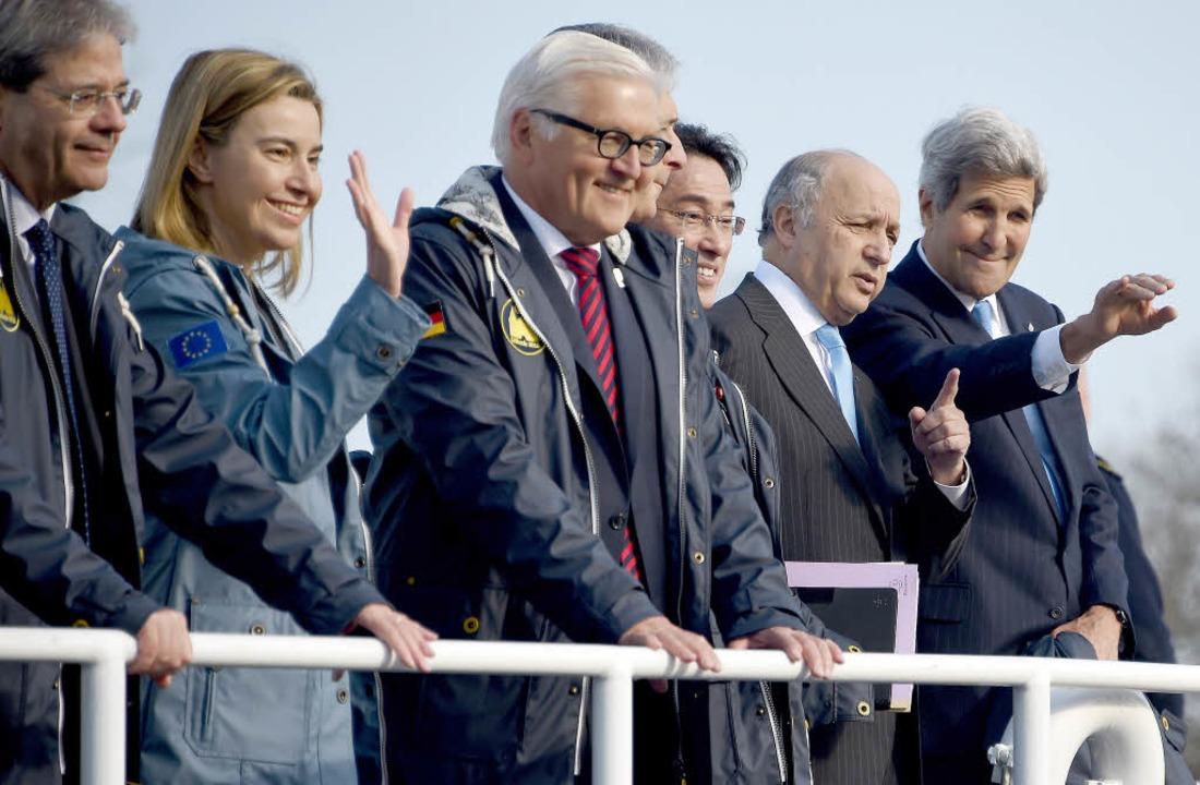 Italiens Außenminister Paolo Gentiloni...us (Frankreich) und  John Kerry (USA).  | Foto: DPA