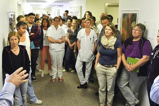 Mitarbeiter der Klinik für Tumorbiologie sind stocksauer auf Chefetage