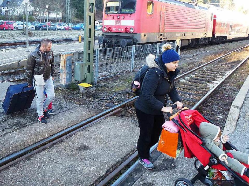 So soll es künftig funktionieren, bis ...er Breisgau-S-Bahn die Aufzüge kommen.  | Foto: Peter Stellmach