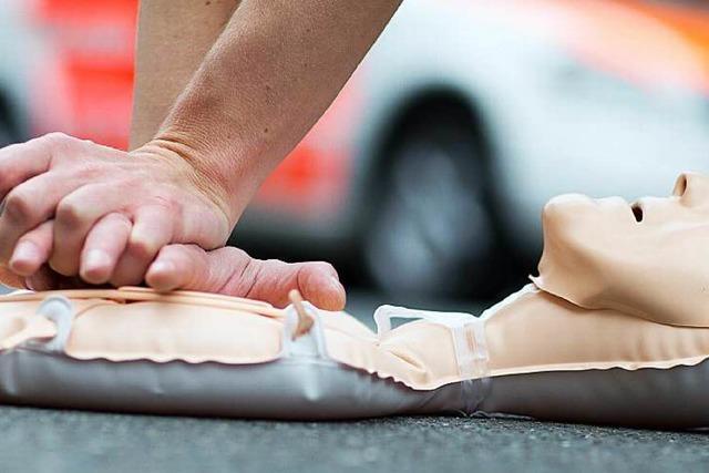 Erste-Hilfe-Kurse orientieren sich mehr an der Praxis
