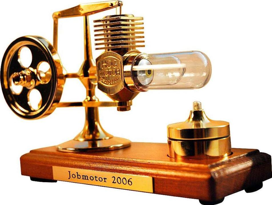 Der Preis für die Sieger (natürlich ni...ll) : Das Modell eines Stirling-Motors  | Foto: Reck,Lucia