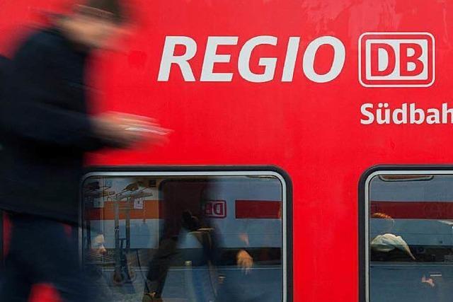 Regionalbahn erfasst Auto in Ottenhöfen - 15-Jährige stirbt