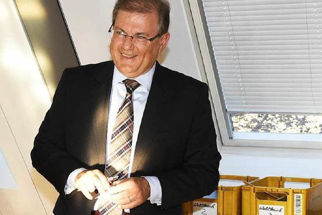 Schuster als Bürgermeister von Neuenburg wiedergewählt