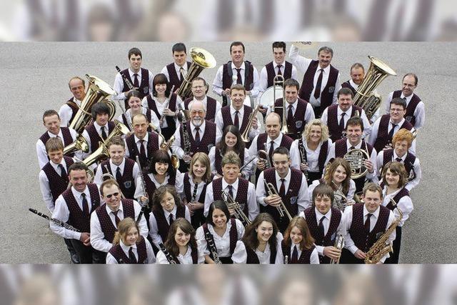 Doppelkonzert der Musikvereine Waldau und Schollach in Eisenbach