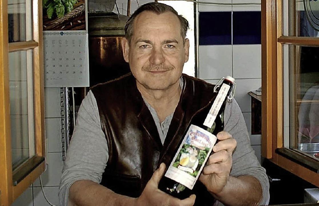 Mit Leib und Seele Hobby-Bierbrauer: Joachim Onderka   | Foto: Hildegard Siebold