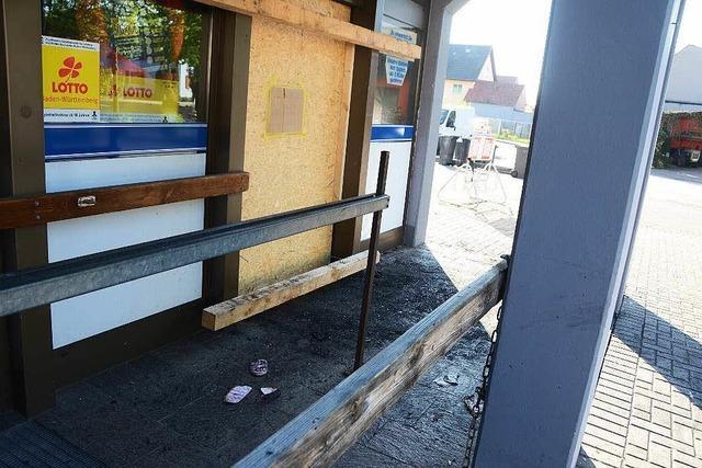 Brand in Wyhler Lebensmittelmarkt: Feuerwehr verhindert Schlimmeres