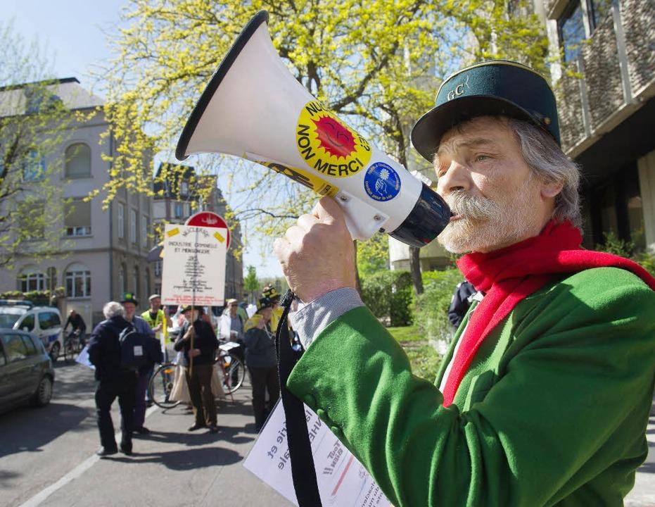 Protest gegen Fessenheim in Colmar.   | Foto: afp