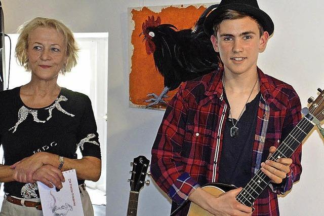 Junger Musiker bereichert die Finnissage