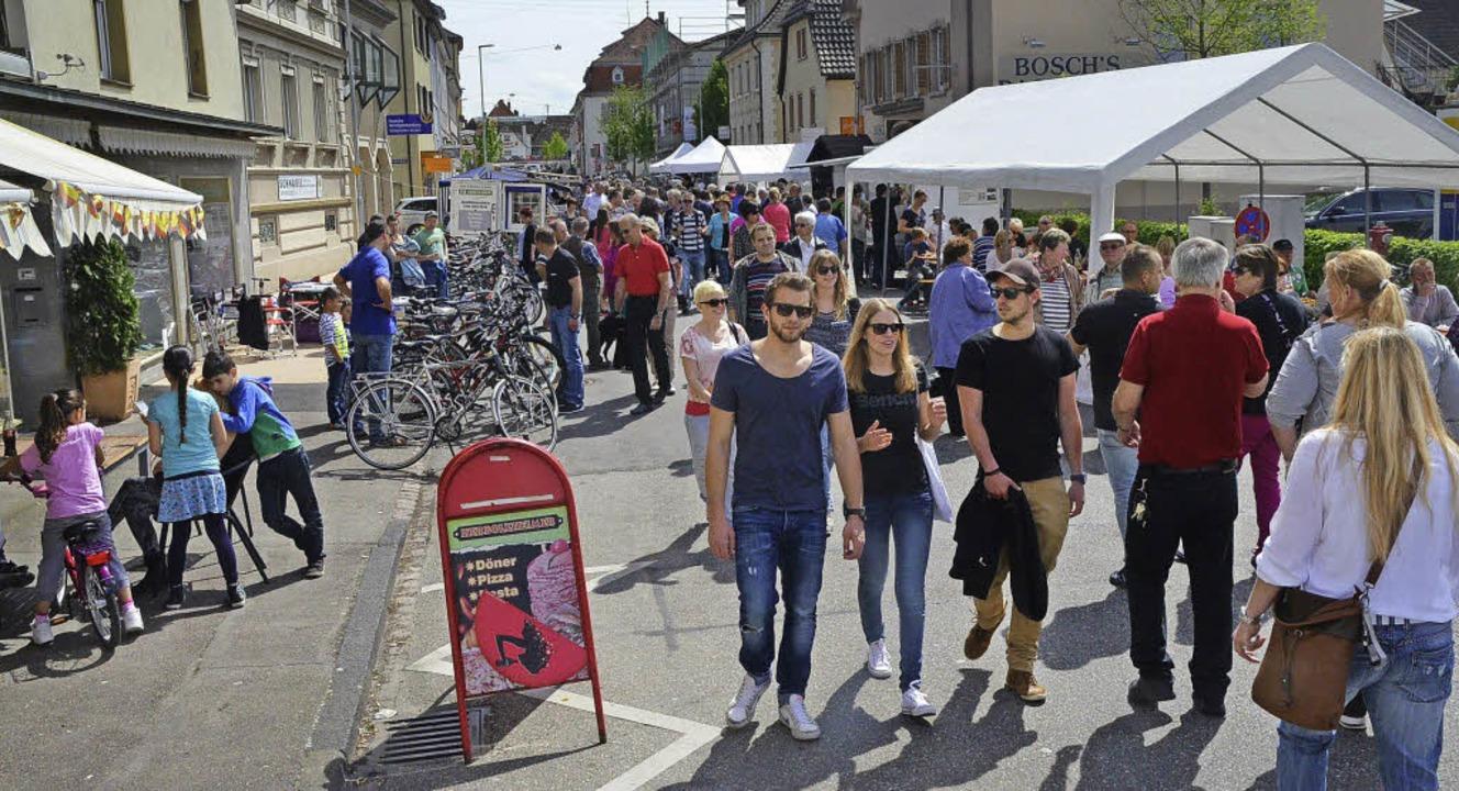 Der Herbolzheimer Frühling mit Rad- und Bikermarkt war insgesamt gut besucht.  | Foto: Jörg Schimanski