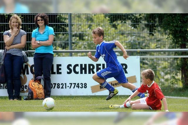 Kicker-Nachwuchs am Ball
