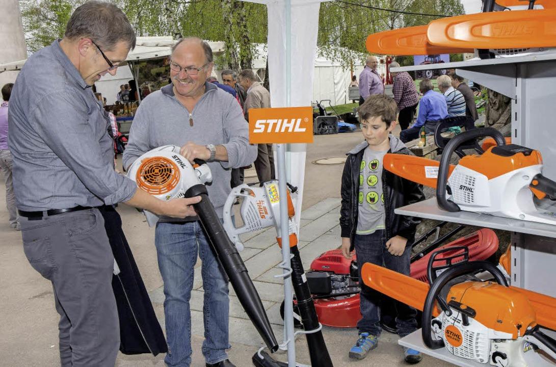 Motorgeräte und  Rasenmäher zeigte Gerhard Albicker aus Ühlingen.    Foto: Wilfried Dieckmann