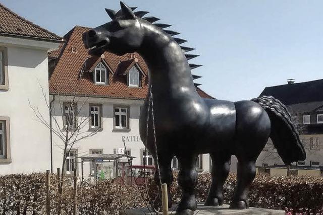 Bronzeross oder Drachenpferd