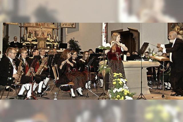 Stadtmusik bringt Kirche zum Klingen
