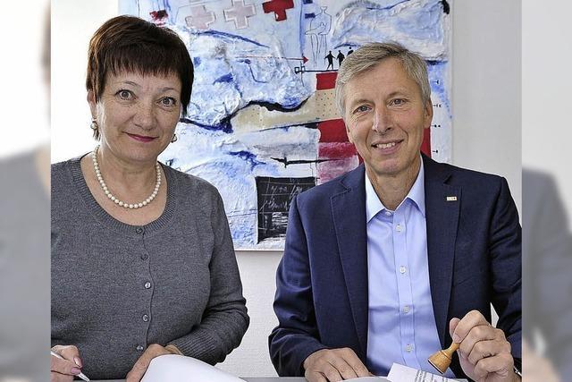 Eine Delegation des Roten Kreuzes berichtet aus Ternopil in der Westukraine