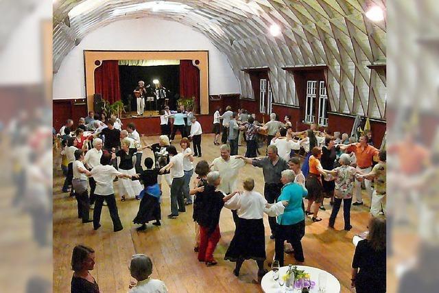 Internationales Tanzfest in Neuried