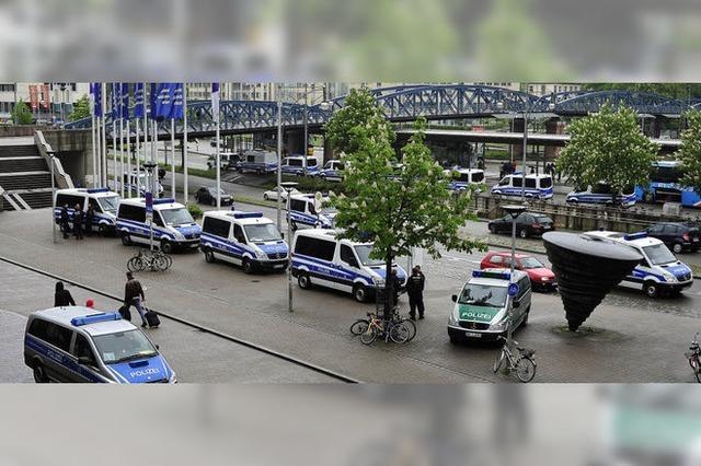 Polizei, Party und Platzregen