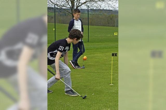 Golfclub fest in Schülerhand