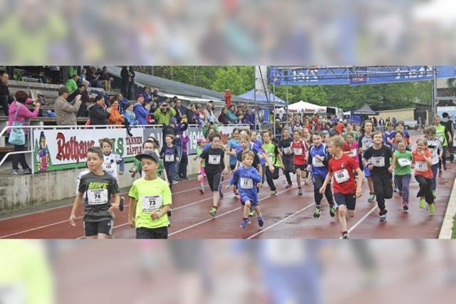 Über 200 Starter trotzen dem Regen