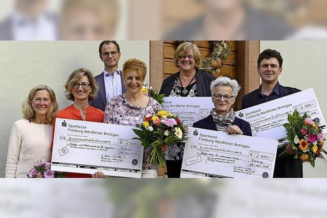 Lions Club unterstützt vier Projekte mit 10.000 Euro
