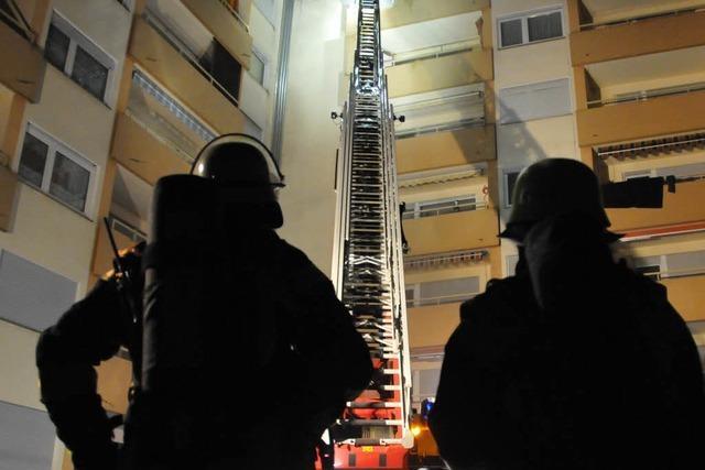 Feuer in Wohnblock in Uffhofen: Polizei geht von Brandstiftung aus