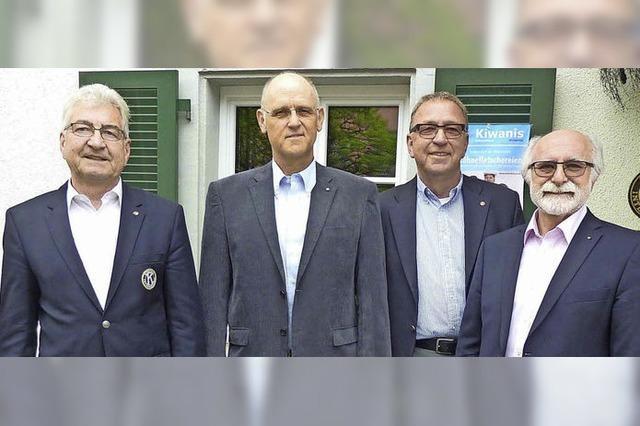 Juergen Weyh und Dieter Schwald rücken auf