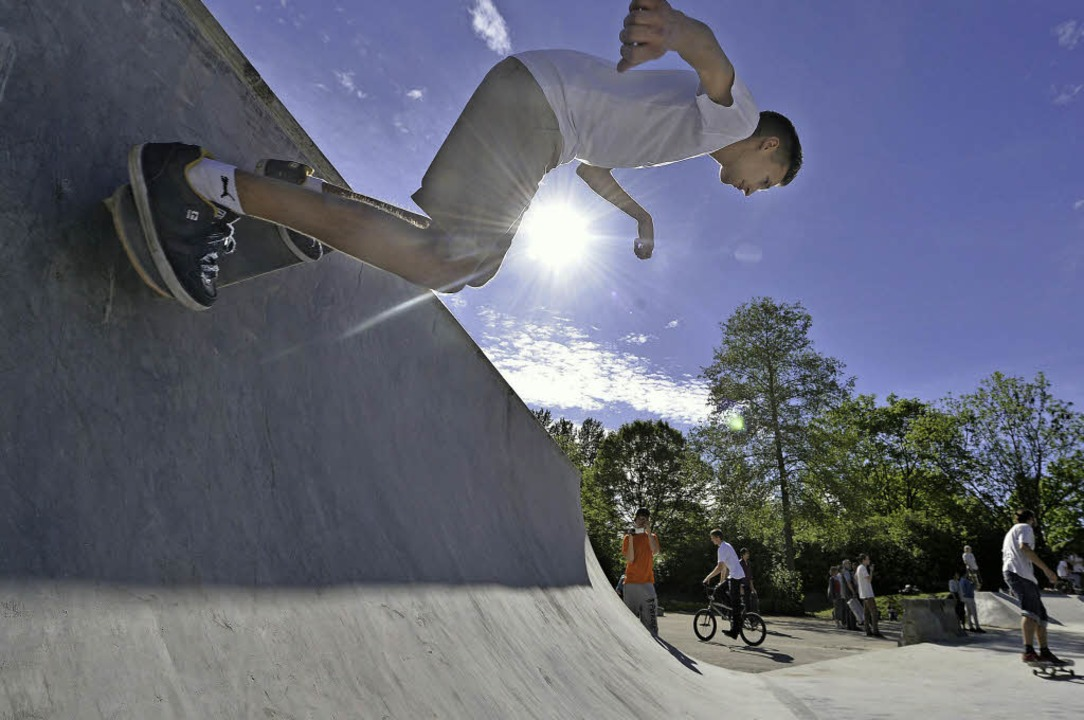 Skaterherzen schlagen hier höher: die neue Anlage im Dietenbach-Park.   | Foto: Michael Bamberger