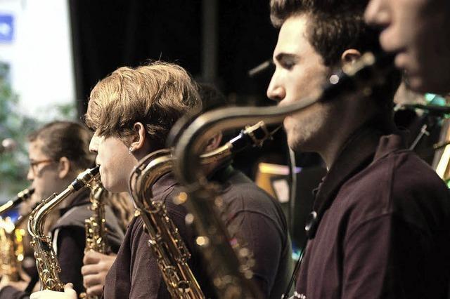 Drei Schülerbands präsentieren eine Auswahl der Big-Band-Literatur