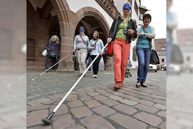Wie sich Blinde in einer überfüllten Innenstadt fühlen