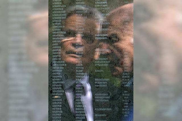 Gauck erinnert an Kriegsgefangene