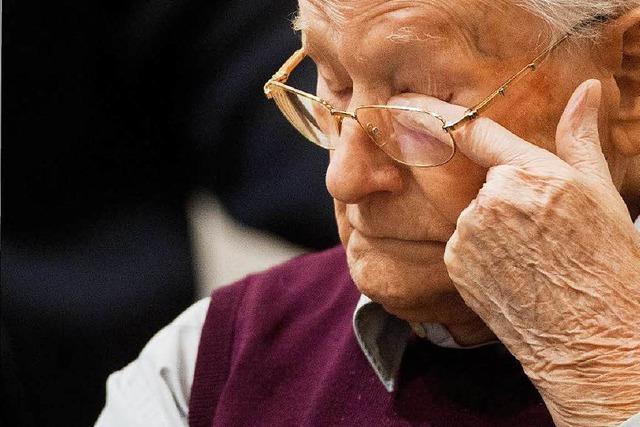 Auschwitz-Prozess: Gröning zu krank für Verhandlung