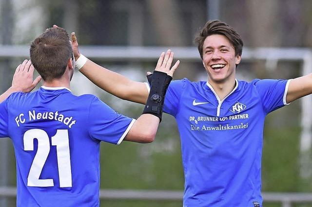 FC Neustadt klettert auf Rang drei