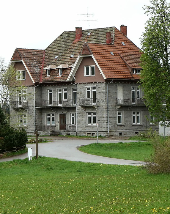 Das  ehemalige Haus Alpenblick wird ko...ung sowie neun Gästezimmer entstehen.   | Foto: Wilfried Dieckmann