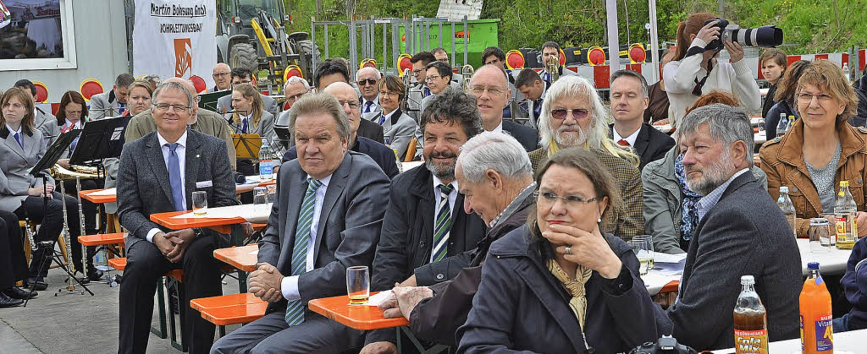 Viele interessierte Besucher waren zur Einweihung des Nahwärmenetzes gekommen.  | Foto: Juliane Kühnemund
