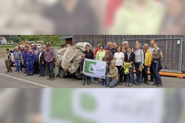 Dorfputzete fördert jede Menge Müll zutage