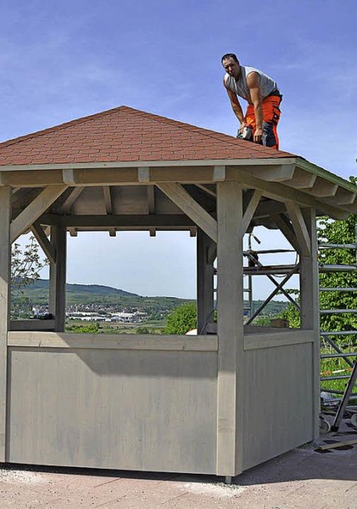 Nagelneu und Teil der Rebhisli-Tour is...Pavillon auf dem  Hochwasserbehälter.   | Foto: Steckmeister