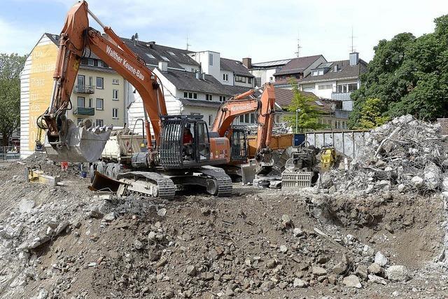 Anwohner am Friedrichring leiden unter Staub und Lärm