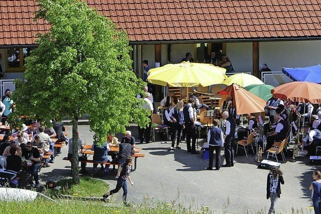 BEOBACHTET & GEHÖRT
