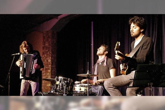 Trio Nuova Fisarmonica auf der Maja-Bühne in Emmendingen