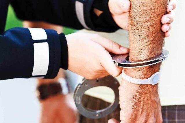 Polizei nimmt mutmaßliche Matratzendiebe fest