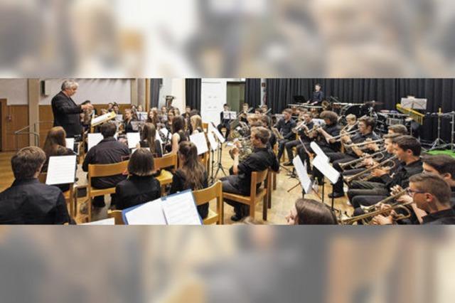 Jugendblasorchester Waldkirch und Elzach beeindruckten in Kollnau