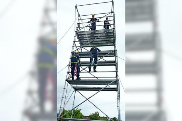 Feuerwehr übt Sicherung