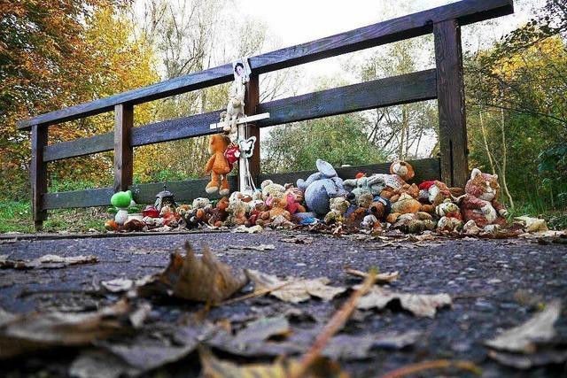 Fall Armani: Polizei sucht Kleinwagenfahrer und Ballbesitzer