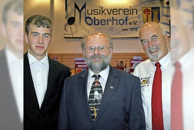 Aller guten Dirigenten sind drei